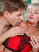 Younger dude fucks a luscious milf in-heat before hiding behind the blinds